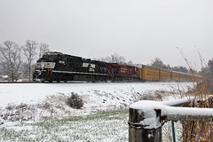 NS 9538 @ Pendleton (JMorhaus) Tags: trains norfolksouthern trainsmagazine norfolksoutherncorporation