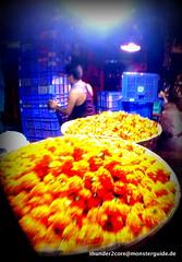226-GOPR0932 (MR.Updown) Tags: india flower market bombay 2014 mumbay blumenmarkt