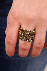 Ring-Brasskit1March-Box01