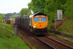 GBRF 66713 passing Worting Juction to Southampton west Docks (Coolcats100) Tags: train canon diesel may hampshire locomotive bahn railways freight flyover 2016 juction 66713 worting battledown canon650d battledownflyover coolcats100