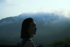 (Han Cheng Yeh) Tags: sunset cloud mountain face silhouette