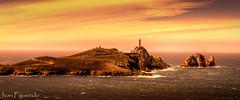 Faro Viln (Juan Figueirido) Tags: sea espaa seascape mar spain paisaje galicia costadamorte acorua camarias viln fz150 caboviln cabovilano faroviln rutadosfaros farosgallegos farosgalegos juanfigueirido