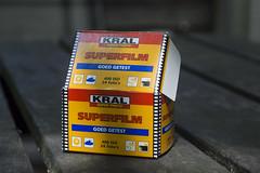 Kral Superfilm (Arne Kuilman) Tags: film box iso400 explore packaging 135 agfa dx verpakking doosje explored kral agfagevaert superfilm 007537 fotokral