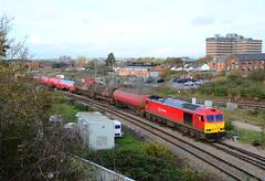60100. (curly42) Tags: transport railway tug dbs levelcrossing murco class60 60100 6b13 robestonwesterleigh