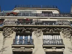 Immeuble (1904) - 8 rue Auguste-Bartholdi, Paris XVe (Yvette Gauthier) Tags: sculpture paris architecture artnouveau paris15 bellepoque pvaast jmuscat