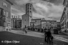 PIACENZA - verso Piazza Sant'Antonino (massimo mazzoni 78) Tags: italy monochrome square monocromo italia basilica chiesa piazza piacenza piazzasantantonino