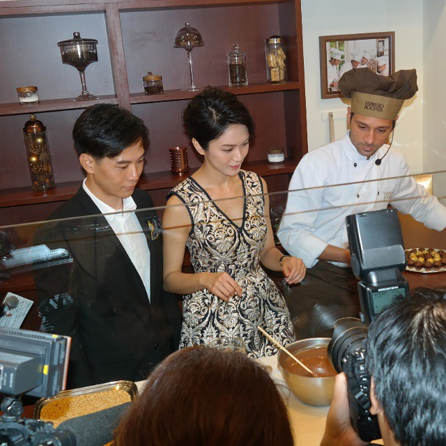 JOANNE PEH and Qi Yu Wu making chocolate at Pasticceria Ferrero. #anitaliancreation
