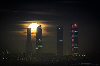 Luna llena Enero 2015 Cuatro Torres Madrid