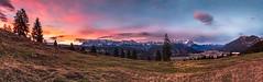 Eckenhütte-Pano (DaOpfer) Tags: alpspitze extreme k7 panorama pentax sigmaaf1020mm4056exdc sonne sonnenaufgang wank zugspitze clouds morning sunrise eckenhütte photosergelandscape61