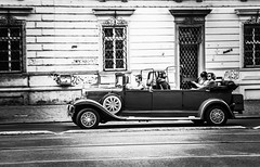Sightseeing in Prague (Krsz-Kiss Pter) Tags: street city blackandwhite bw monochrome car canon czech prague sightseeing czechrepublic oldcar 650d t4i streetsofprague sightseeinginprague canon650d