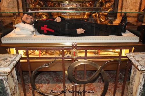 Kuvahaun tulos haulle roma chiesa la maddalena cappella S Camillus