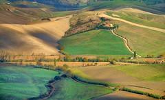 campagna toscana 7 (lotti roberto) Tags: toscana paeseggio tuscany countryside country verde green campagna chianni fav25 fav50 fav75 fav100 fav125 fav150