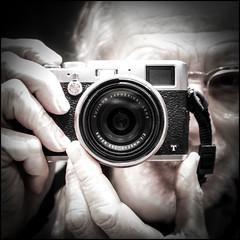 Photoportrait avec X100T (Clydomatic) Tags: portrait autoportrait nb fujifilm grosplan appareilphoto x100t