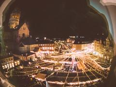 Mainzer Weihnachtsmarkt (Simon Neutert) Tags: simon lens toy pentax mainzer weihnachtsmarkt fisheye mainz fischauge toylens retrofeel q07 pentaxq07 neutert simonneutert