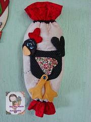 CoC..puxa saco... (Ma Ma Marie Artcountry) Tags: chicken patchwork cozinha cocs puxasaco