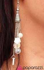 5th Avenue White Earrings K1 P5610A-4
