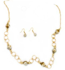 5th Avenue White Necklace P2610A-3 (2)