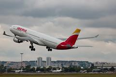 Iberia A330-302 EC-MAA (Jos M. Deza) Tags: mad iberia aeropuertobarajas lemd rodejaneiro a330302 ecmaa openday2016 20160506