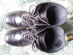 20160412_121246 (rugby#9) Tags: original black feet yellow boot shoe hole boots 10 lace dr air 7 indoor icon wear size footwear stitching comfort sole doc cushion soles dm docs eyelets drmartens bouncing airwair docmartens martens dms 1490 cushioned wair 10hole doctormarten yellowstitching