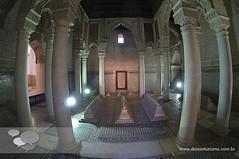 tumulos saadinos marrakech (Dicas e Turismo) Tags: african viagem marrakech palais majorelle medina souks turismo viagens menara marrocos koutoubia marroco jemaaelfna mamounia mesquita frica roteiro marraquexe dicas