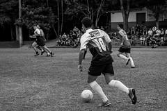 1 Copa CEAC de Futebol  (alfredkraus) Tags: canon blackwhite soccer vermelho furb 600d