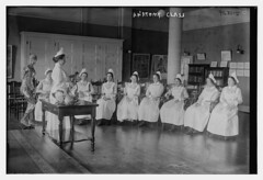 Anatomy class (LOC) (The Library of Congress) Tags: libraryofcongress dc:identifier=httphdllocgovlocpnpggbain27156 xmlns:dc=httppurlorgdcelements11 blackwellsisland newyork rooseveltisland metropolitantrainingschoolfornurses