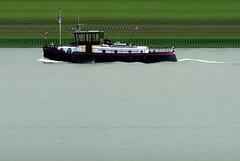 Havensleeper (Morthole) Tags: slitscan ship boat schip boot barge binnenvaart schiff rheinschiff havensleeperdirkt sleepboot tugboat tug schlepper remorqueur delfsail