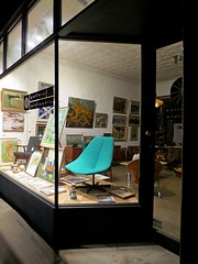Gallery Midlandia  52/30/3 #cf16 #turquoise (Collingwood Historical Society) Tags: cf16 turquoise collingwood commercialgallery design chair