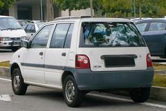 2006 Perodua Kancil 660 EX (Aero7MY) Tags: green ex car kei 2006 malaysia hatch mira eco perodua 660 hatchback 5door daihatsu ceria cyberjaya kancil nippa