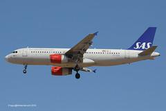 OY-KAM - 2006 build Airbus A320-232, on approach to Runway 24L at Palma (egcc) Tags: airbus sk sas mallorca palma majorca a320 scandinavianairlines pmi staralliance 2911 a320232 lepa vtind oeibl oykam