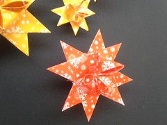 Fröbelsterne (modular.dodecahedron) Tags: modularorigami origamistar paperstrips