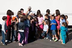 Fiesta Infatil 2010 (Robles de la Valcueva) Tags: espaa len payasos roblesdelavalcueva haciendoclack fiestainfantil jessgonzlez pantomimalen