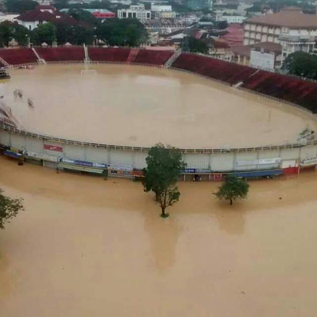 FLOOD in MALAYSIA KELANTAN FOOTBALL STADIUM latest update..