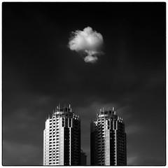 The Two Towers (Masahiko Kuroki (a.k.a miyabean)) Tags: bw architecture square noiretblanc お台場 fujixe1 fujifilmsuperebcxf2841855mm