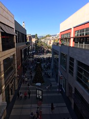 From Santa Monica Place, looking out at Third Street Promenade. (bageltam) Tags: santamonica santamonicaplace