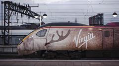 390112 Manchester Piccadilly 15/12/2014 (Flash_3939) Tags: uk train manchester december rail railway emu manchesterpiccadilly virgintrains 2014 pendolino class390 virginstar 390112 fonw traindeer