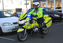 Hampshire Police Roads Policing Unit BMW R1200-RT Traffic Bike 5084 - LD61 RUC (IOW 999 Pics) Tags: bike traffic police hampshire bmw roads unit r1200rt policing ld61ruc