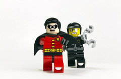 Catch me if you can! (Noworkgeek) Tags: robin dc lego boywonder badcop
