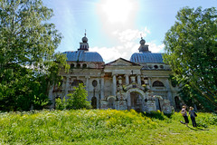 - 1782-1839  / Russian Kazan Theotokos Church in Yaropolets (svraskin_k) Tags: old church architecture countryside ruins russia antique historic historical russian orthodox canon1022mm      moscowregion hystory      canon7d  yaropolets