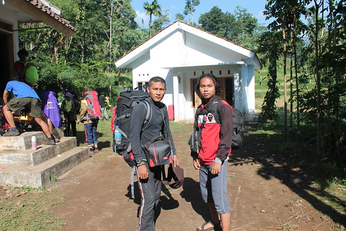 "Pendakian Sakuntala Gunung Argopuro Juni 2014 • <a style=""font-size:0.8em;"" href=""http://www.flickr.com/photos/24767572@N00/26555045274/"" target=""_blank"">View on Flickr</a>"