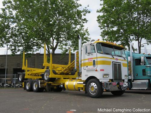 Hays Hauling 's 1999 Peterbilt 362 daycab log truck - a photo on