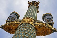 Vive la France! (niedersachsenfoto) Tags: paris lampe laterne placedelaconcorde sule stehlampe beleuchtungskrper niedersachsenfoto