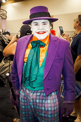 PHXCC 2016 - Saturday_0055 (Florentino Luna) Tags: phoenix arizona comicon convention center phxcc phxcc2016 cosplay canon t5 1200d saturday costume dtphx people portrait the joker jack nicholson napier batman gotham city uncle bingo forever dc comics eos rebel efs24mm f28 stm efs 24mm
