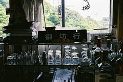 OLYMPUS 35 SP  FUJIFILM SUPERIA PREMIUM 400 (oi (oichanahcio)) Tags: film japan analog 35mm olympus ishootfilm fujifilm filmcamera zuiko wakayama nofilter olympus35sp filmphotography 35sp filmisnotdead oldlens iusefilm istillshootfilm filmforever filmshooters superiapremium400 believeinfilm