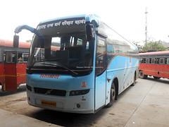 MSRTC Shivneri Volvo B7R Resting at Shirdi Bus Standdoing Mumbai - Shirdi Via Nashik (gouravshinde94) Tags: msrtc shivneri volvo bus b7r shirdi mumbai