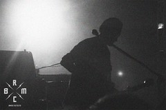30 (reaoubien) Tags: leica blackandwhite bw monochrome live rocknroll brmc photoworks stagephotography petehayes reaoubien