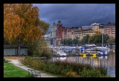 Sweden (staffangreen) Tags: city sunset color art sweden stockholm norden skandinavien ark hdr hus frg arkitektur moln 2015 vasaparken hdrstockholm iphone6