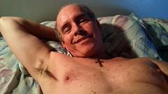Monte Mendoza lounging 11 23 2014 (Monte Mendoza) Tags: shirtless man guy smile pits nipple cross dude uomo hombre homme ua noshirt armpits pecho sanschemise underarms axila sincamisa montemendoza