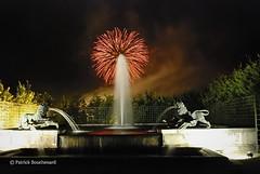 Boule de feu / Ball of fire (patoche21) Tags: show france fountain night nikon fireworks versailles tamron 78 fontaine iledefrance nocturne idf feudartifice spectacle yvelines d80 1024mm capturenx2 patrickbouchenard