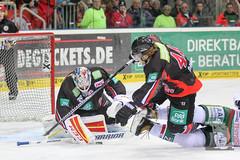 "DEL15 Düsseldorfer EG vs. Augsburg Panthers 28.12.2014 105.jpg • <a style=""font-size:0.8em;"" href=""http://www.flickr.com/photos/64442770@N03/16010200529/"" target=""_blank"">View on Flickr</a>"